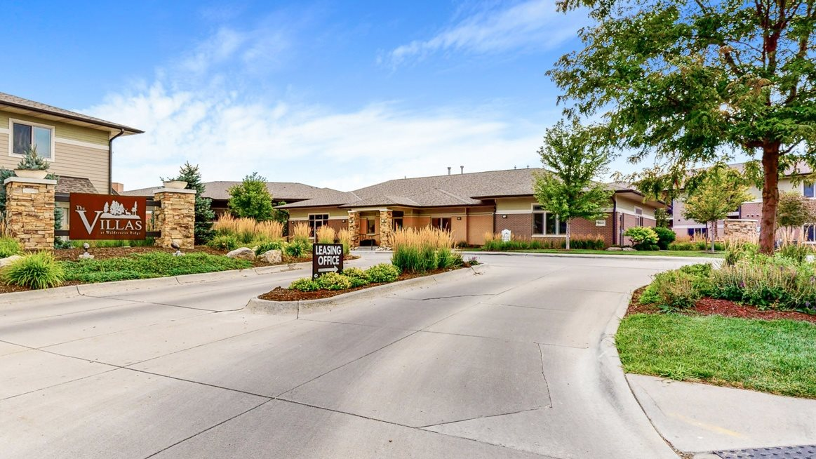 Welcome home to the The Villas at Wilderness Ridge luxury apartments in southwest Lincoln NE 68512