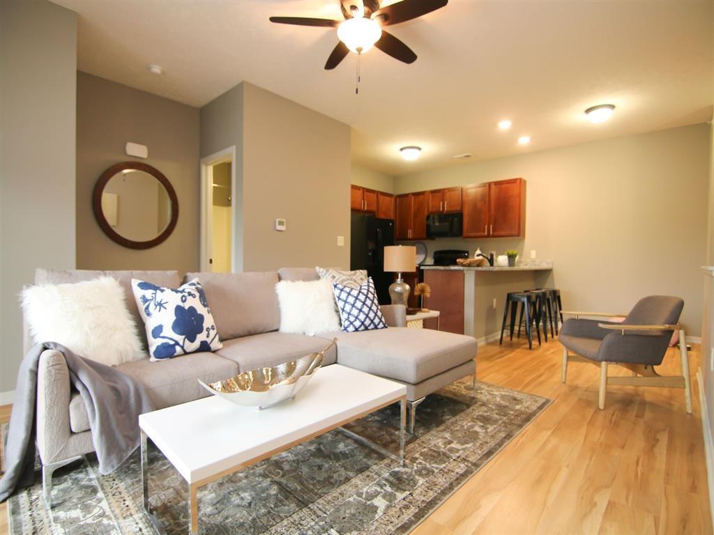 living room at Villas at Wilderness Ridge in Lincoln Nebraska