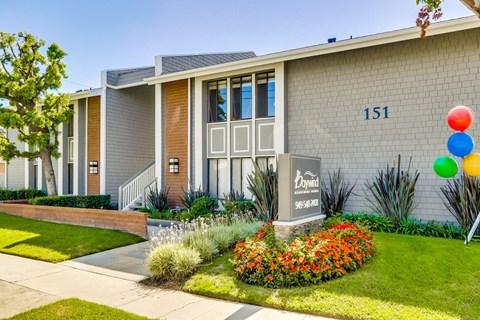 Swimming Pool at Baywind Apartment Homes in Costa Mesa, California.