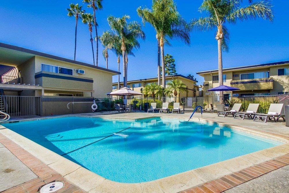 Cross Roads Apartment Homes in Anaheim California