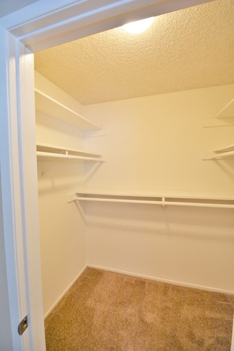 Baywind Apartment Homes Bedroom Walk-in Closet