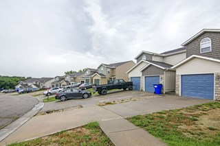 Patriot Pointe Townhomes Junction City, KS Exterior X