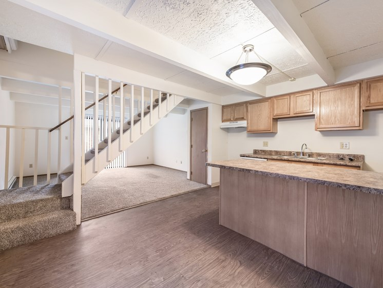 Kitchen Unit at Chatham Village Apartments, Columbus, OH, 48232