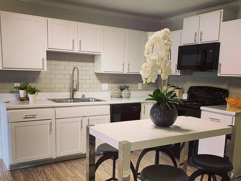 Gourmet Kitchen at Parkwood Terrace, Texas, 78664