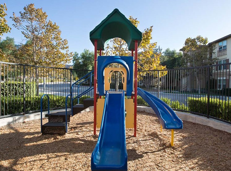 Playground l Hidden Valley Apartments in Simi Valley Ca