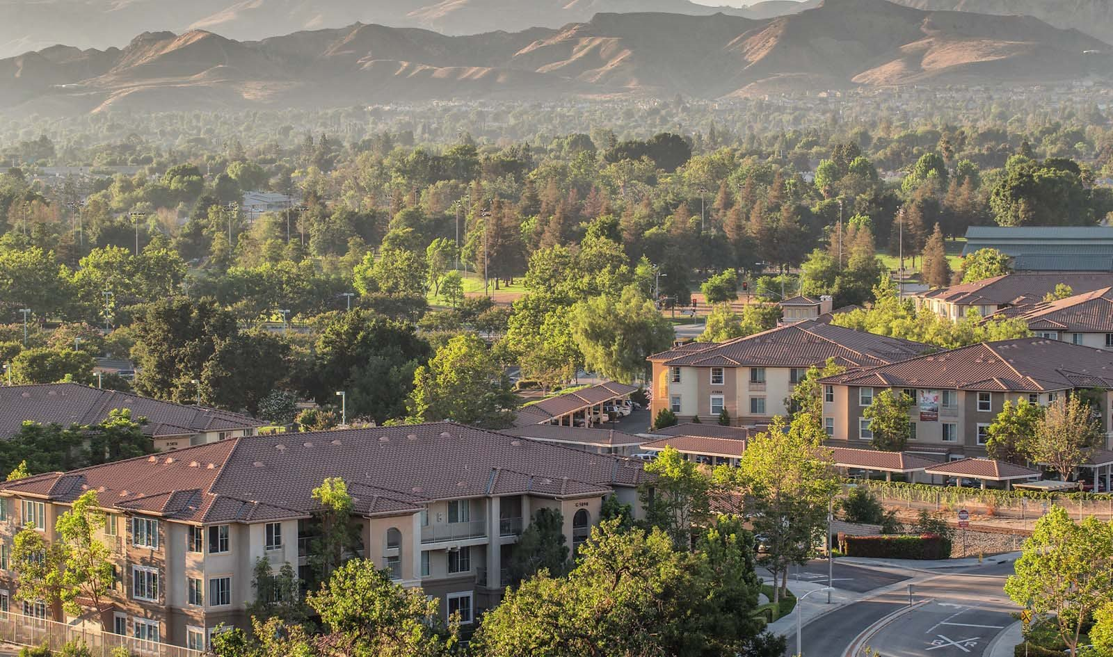 View of community and mountains l Simi Valley, CA Apartments For Rent