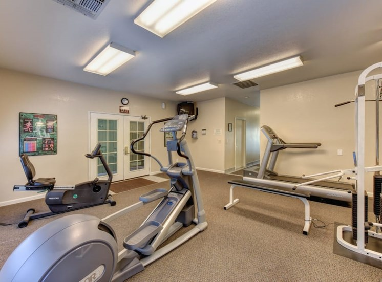 Fitness room with cardio equipment