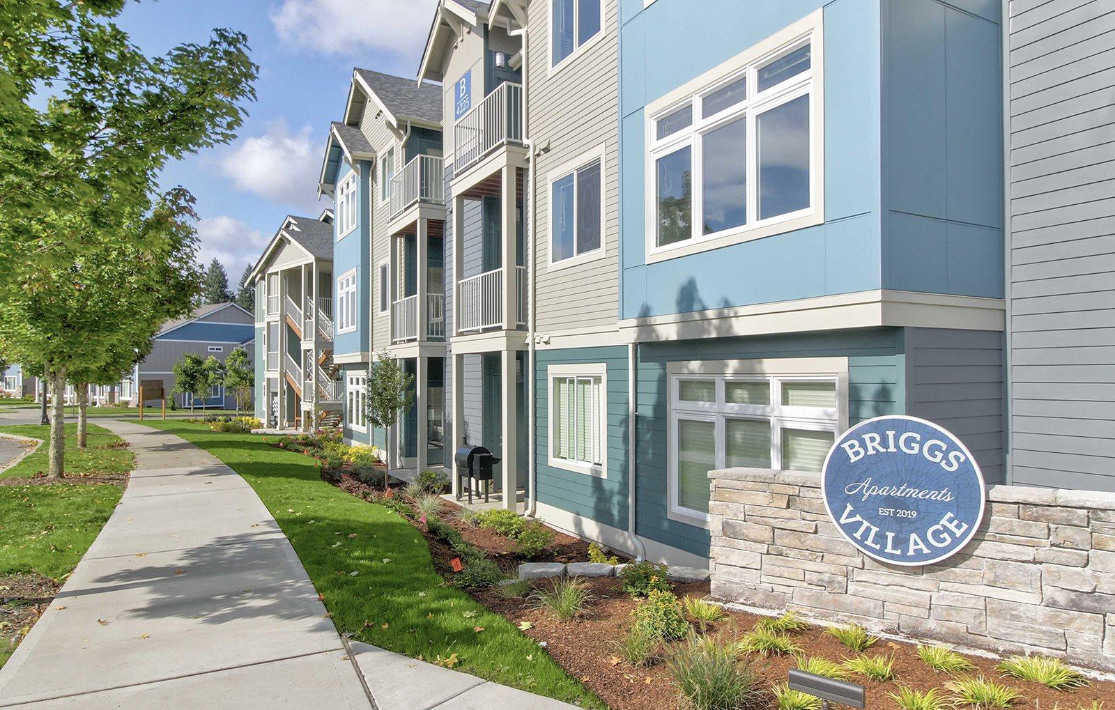 Building Row | Briggs Village Apartments in OLYMPIA, WA 98501