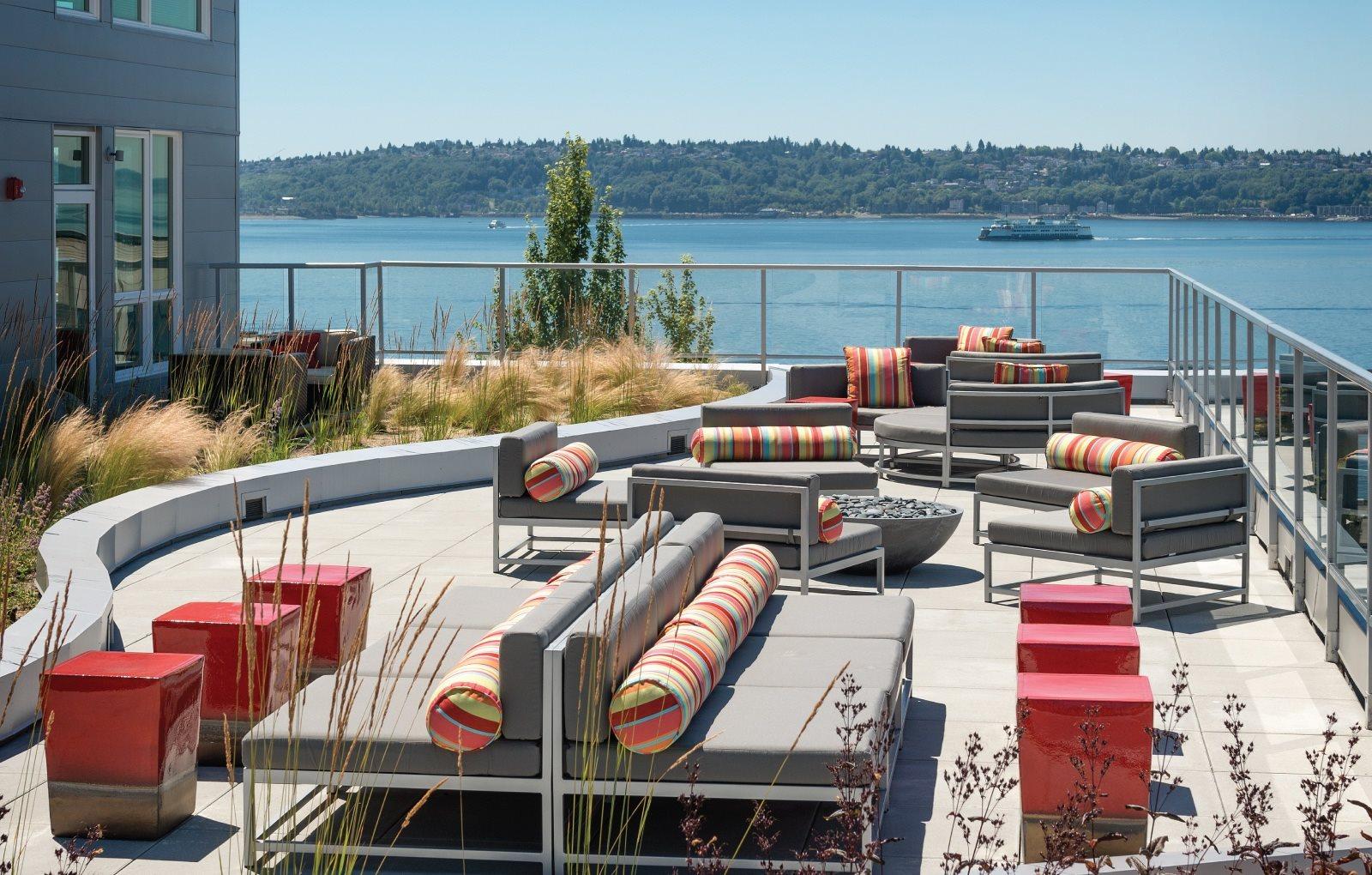 lounge overlooking puget sound