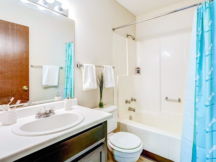 Stone Grove apartments in Burnsville MN