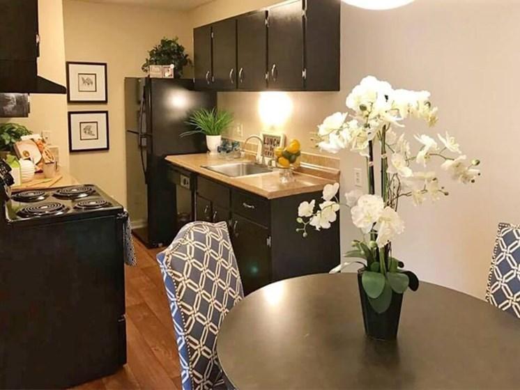 kitchen at Arbors of Grandview Apartments