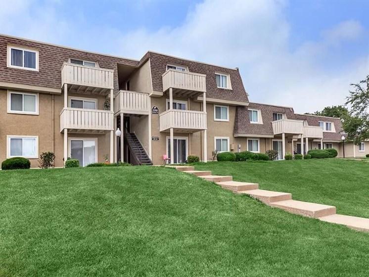 Arbors of Grandview Apartments at Grandview MO