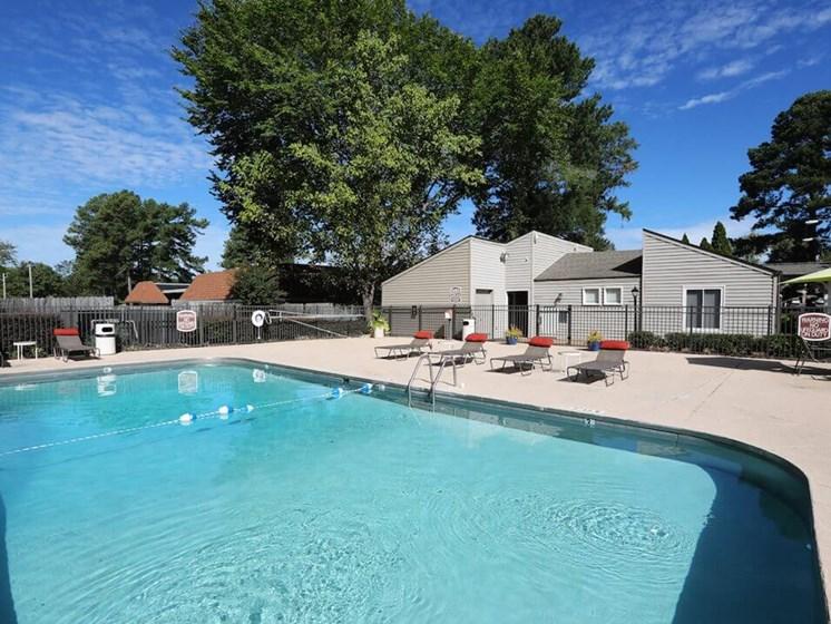 Swimming pool at The Oaks at Jackson apartments
