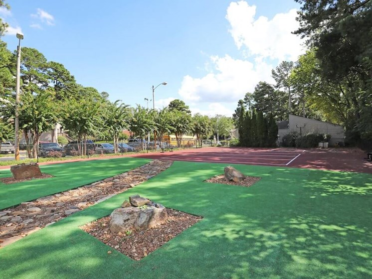 Jackson TN apartments with nice park