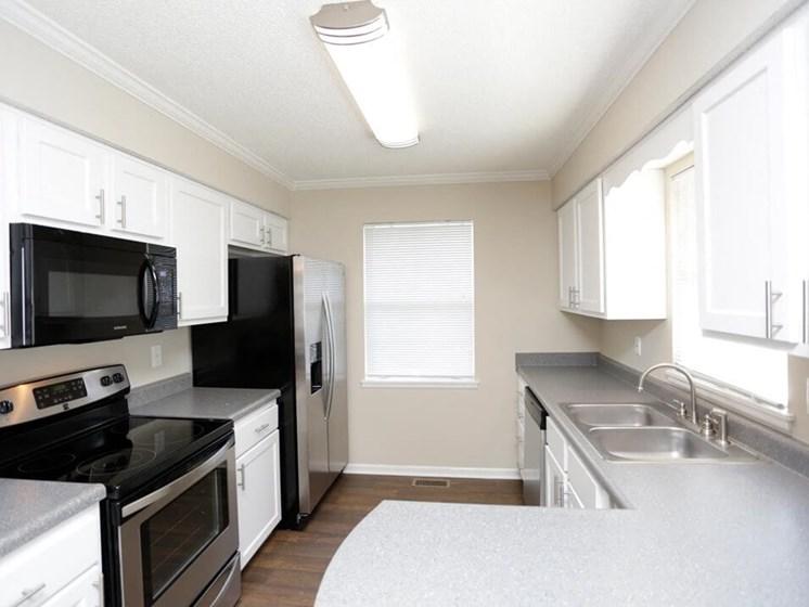 Topeka KS townhomes with spacious kitchens