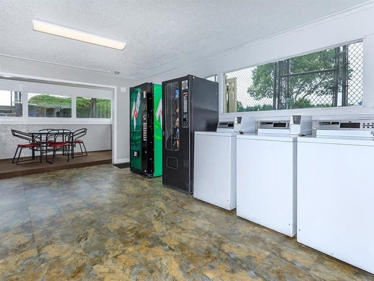 onsite laundry facility at Arbors of Grandview apartments
