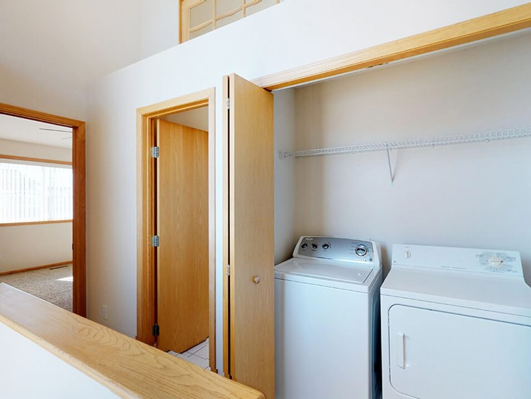 townhomes in rochester mn with washer/dryer