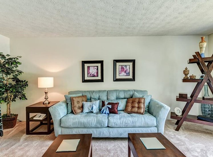 Apartments in Hamilton OH with large living room