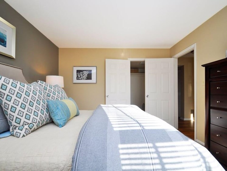 Bedroom apartment at Pavilion Lakes