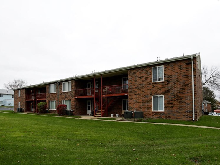 Indian Springs apartments in South Bend IN