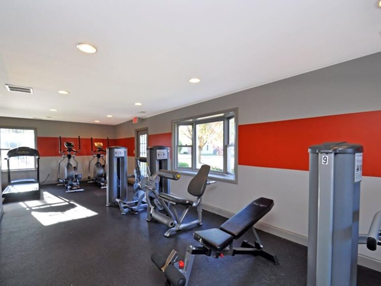 Fitness Center at pavilion lakes apartments