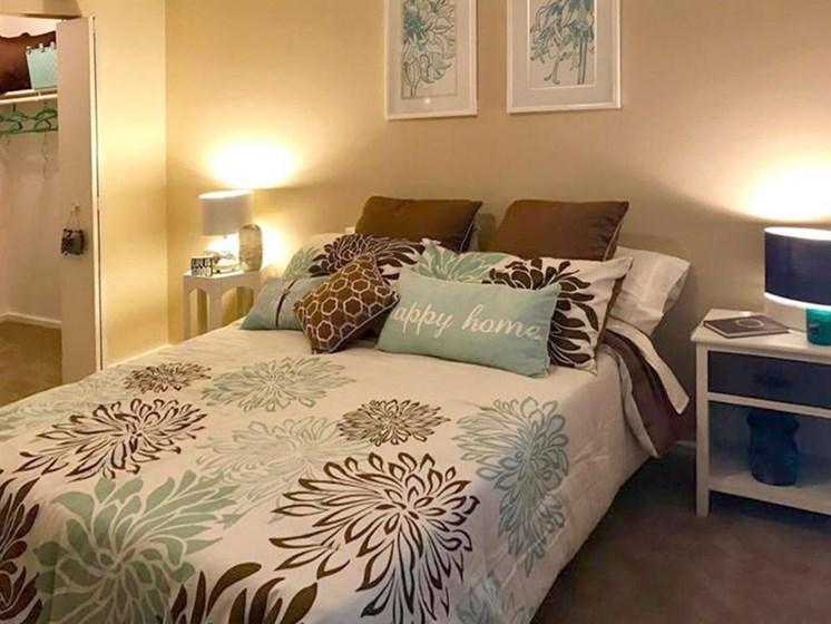 bedroom apartments in Grandveiw, MO