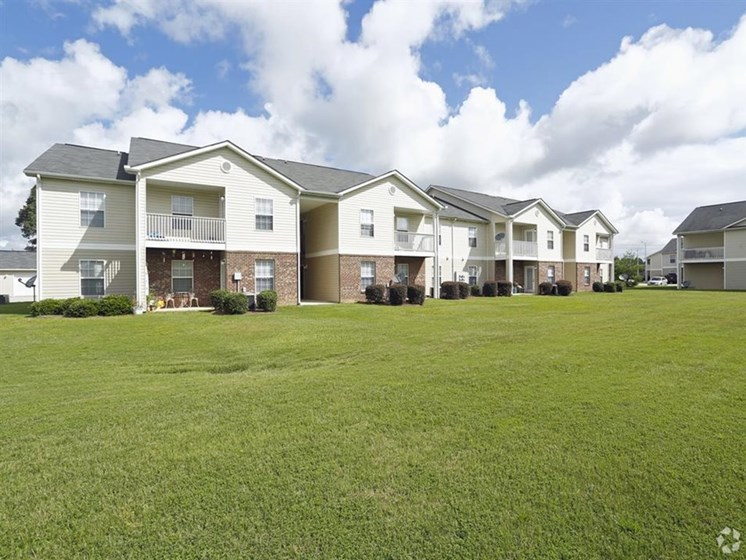 The Landing apartment homes in Fayetteville nc