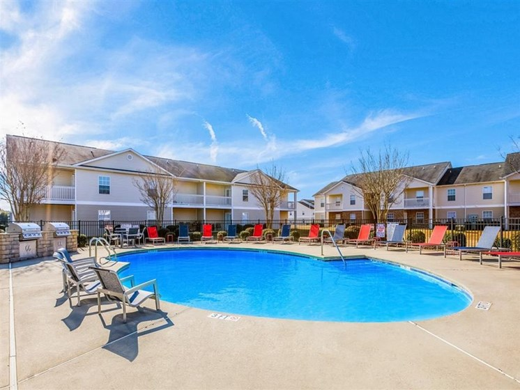 Swimming pool at The Landing Apartments