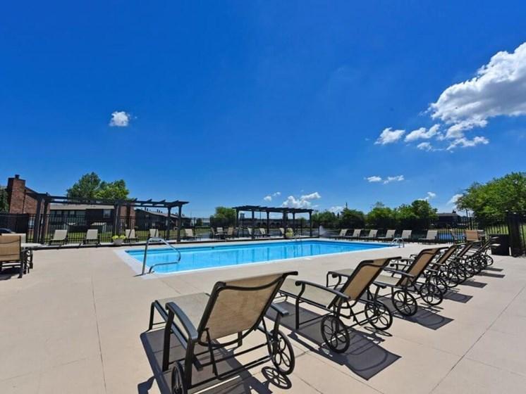 Swimming pool at Pavilion Lakes Apartments