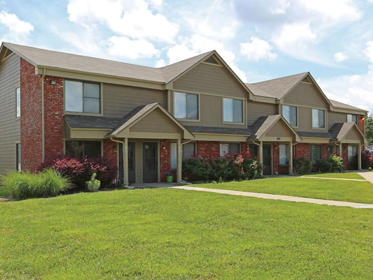 nice apartments for rent in Topeka, KS