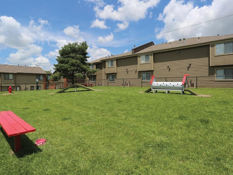 Apartments in Topeka KS with dog park