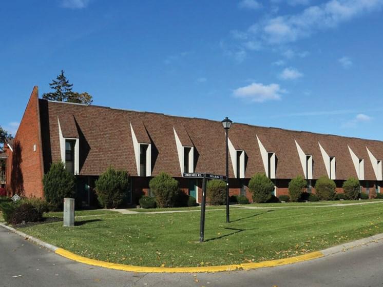 Brookville apartments in Columbus OH