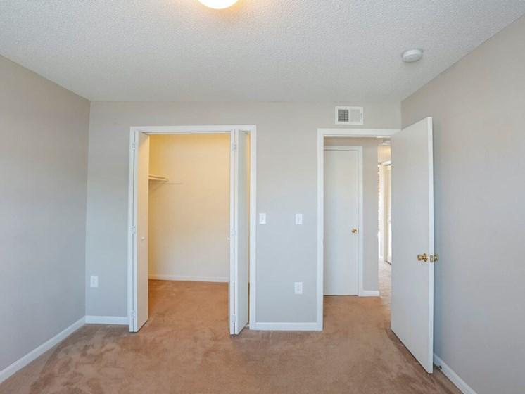 Spacious closets in Kansas City MO