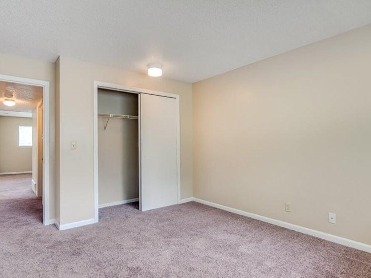 spacious closets at The Retreat at Woodlands Apartments