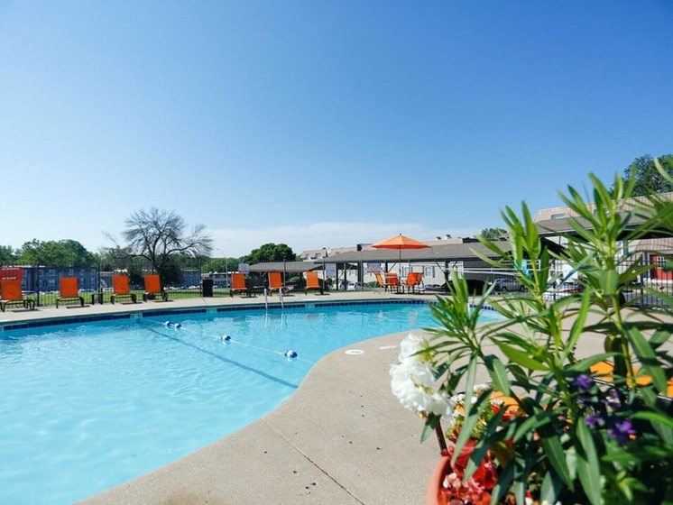 Swimming pool at Regency North apartments