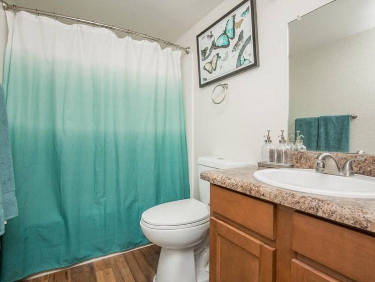 Apartments in Tucson, AZ Bath