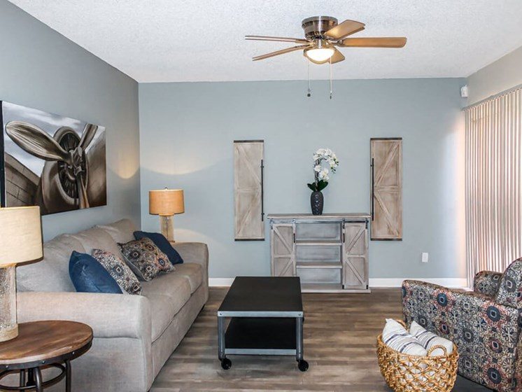 living room at Lakeside Casitas Apartments