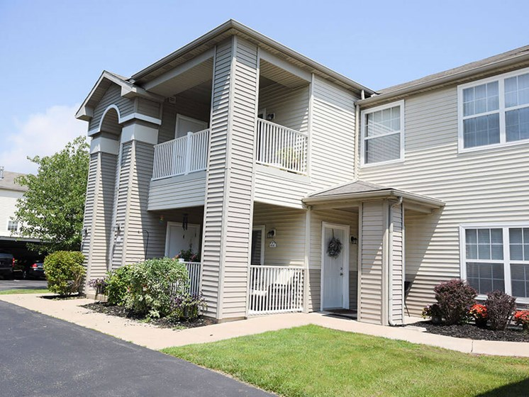 Apartments in Norton Shore, MI