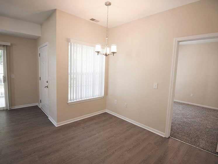 apartments with spacious dining area