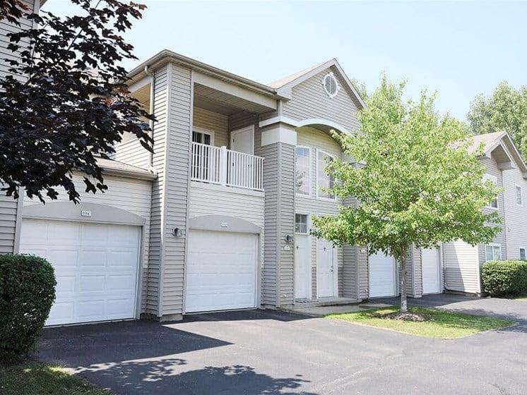 Shoreline Landings apartments in Norton Shores MI