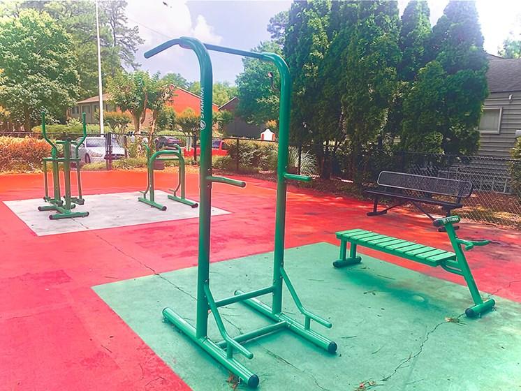 outdoor fitness center equipment