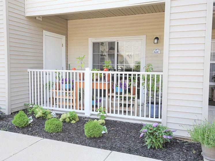 Norton Shore apartments with patio/balcony