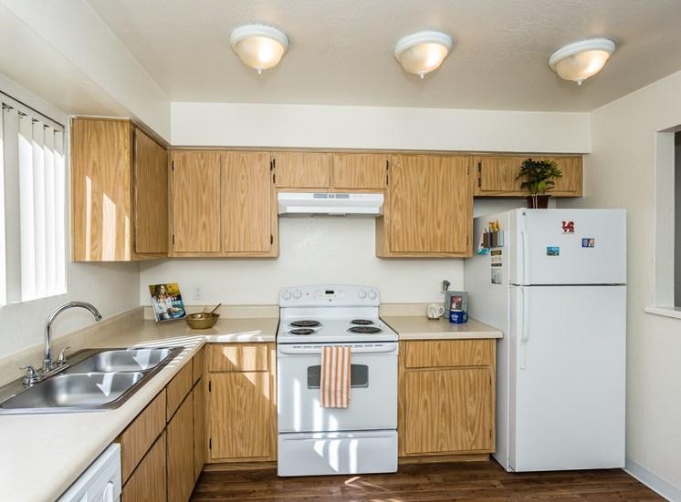 University Square Apartments Large Kitchens