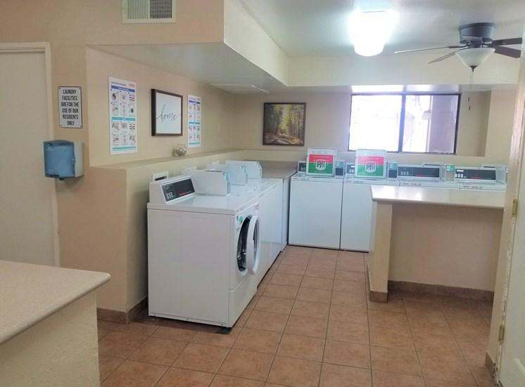 Laundry Room Washers at University Square Apartments, Flagstaff, AZ,86001