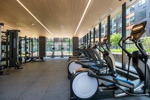 Arrowwood Apartments, North Bethesda, Maryland Lounge Fitness