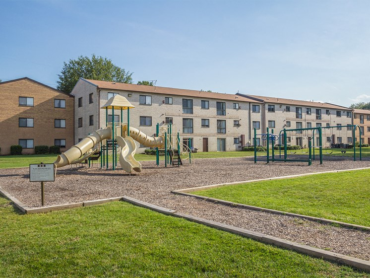 playground structure with woodchip path at Rose Hill Apartments, Virginia, 22310