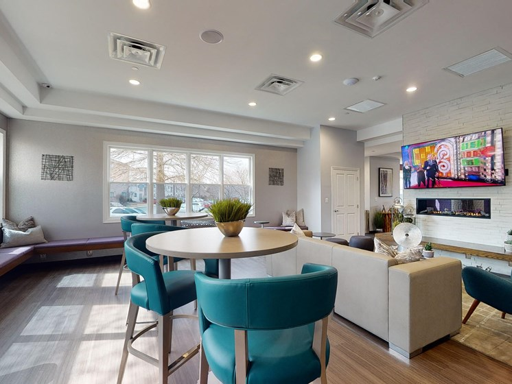 Resident Lounge at Rose Hill Apartments, Alexandria, 22310