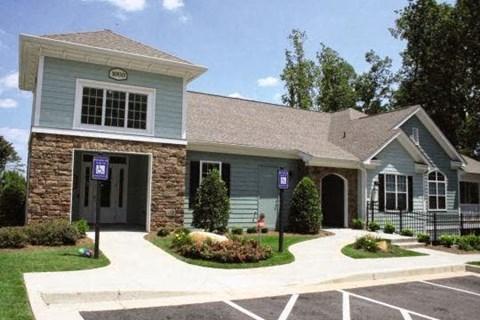Edgewater Vista Apartments, Decatur Georgia, leasing office
