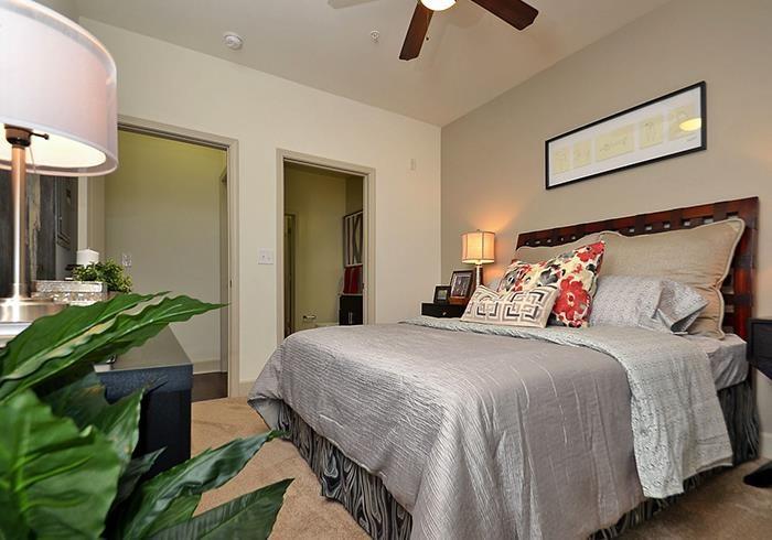 @1377 model bedroom