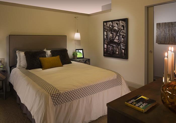 @1377  bedroom